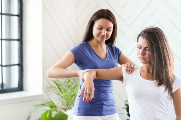5 Tips on Finding the Best Physiotherapist for you in Mississauga